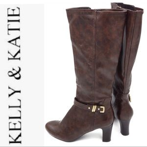 KELLY & KATIE heeled  boot size 9.5 M